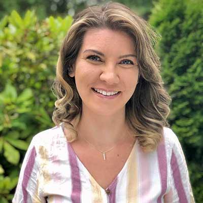 Kaitlin Carlson LMT at Nearing Total Health